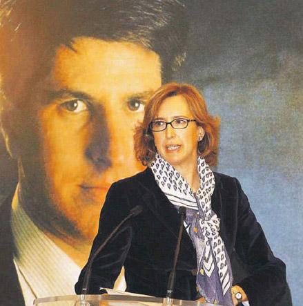 Ana Iríbar : «Me sorprende tanto la política de Rajoy que no pienso votarle más»