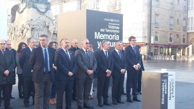 Homenaje en Vitoria a las víctimas del terrorismo.