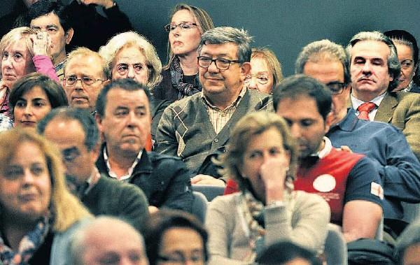 La película de Iñaki Arteta sobre los 'años de plomo' de ETA emociona en Bilbao