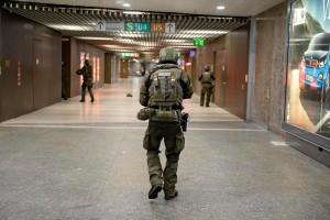 Soldados del ejercito alemán recoriendo las calles de Múnich. EFE