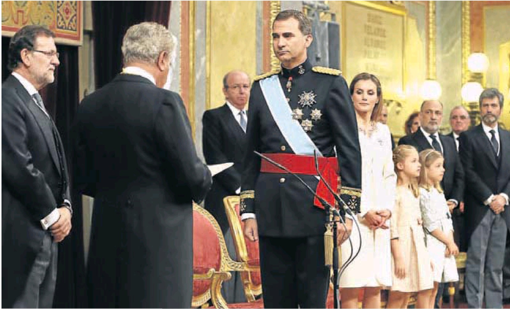 Majestad, no pida permiso para reinar