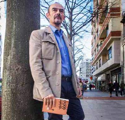 Jóse Antonio Pérez es historiador