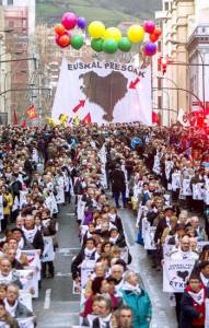 Manifestacion de apoyo a los presos de ETA, ayer en Bilbao